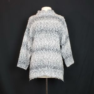 Vintage 90s White Gray Stripe Chunky Knit Sweater